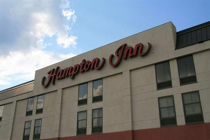 Hampton Inn - University