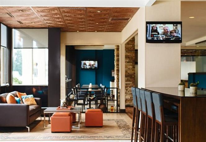 Marriott charleston town center compare deals for 712 salon charleston wv reviews
