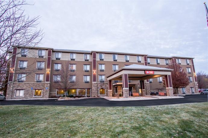 Comfort Suites Grand Rapids North Comstock Park Die