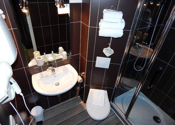 inter hotel orleans nord saran encuentra el mejor precio. Black Bedroom Furniture Sets. Home Design Ideas