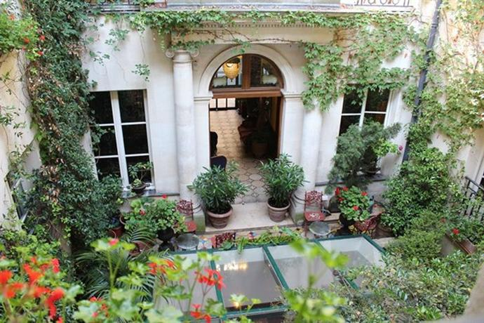 Hotel Relais Saint Sulpice Paris