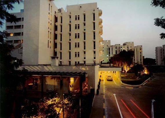 Edenpark New Delhi Qutab Hotel