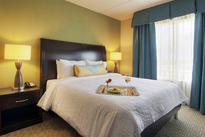 About Hilton Garden Inn Houston Pearland