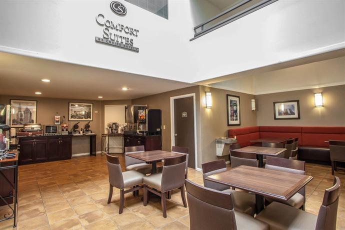 Comfort Suites Chicago Compare Deals