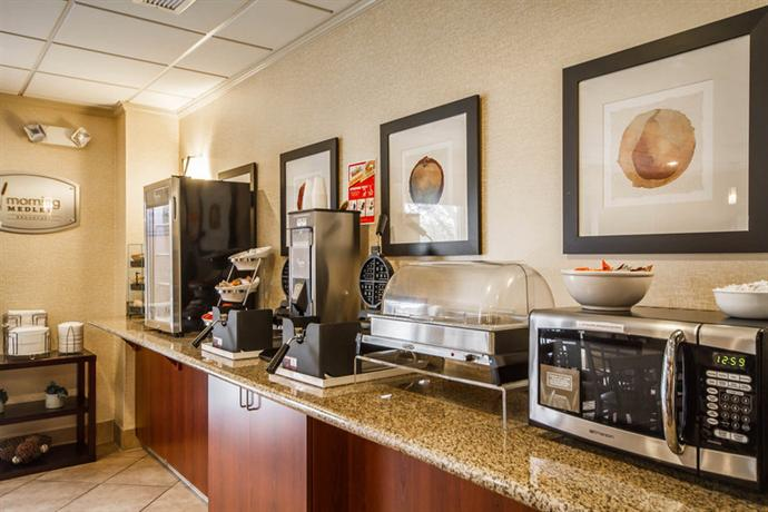 Hotels With Connecting Rooms Milwaukee