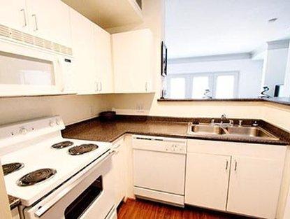 About Marriott Execustay Apartments Metro Midtown Houston