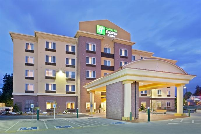Holiday Inn Express Hotel & Suites Lynnwood