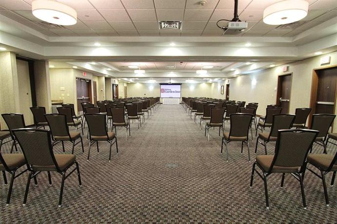 Hilton Garden Inn Tulsa Midtown Compare Deals
