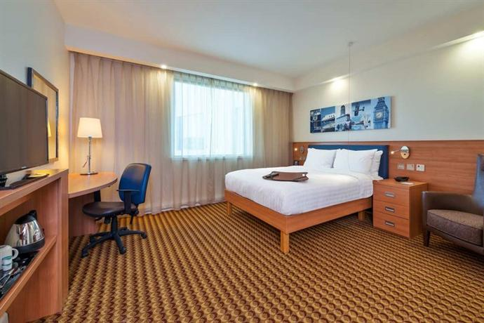 Hampton By Hilton Luton Airport Hotel