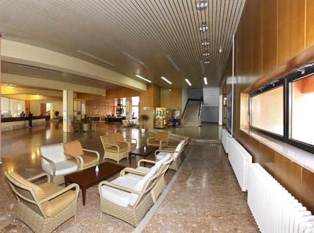 Hotel donat zara offerte in corso - Zara gran via telefono ...