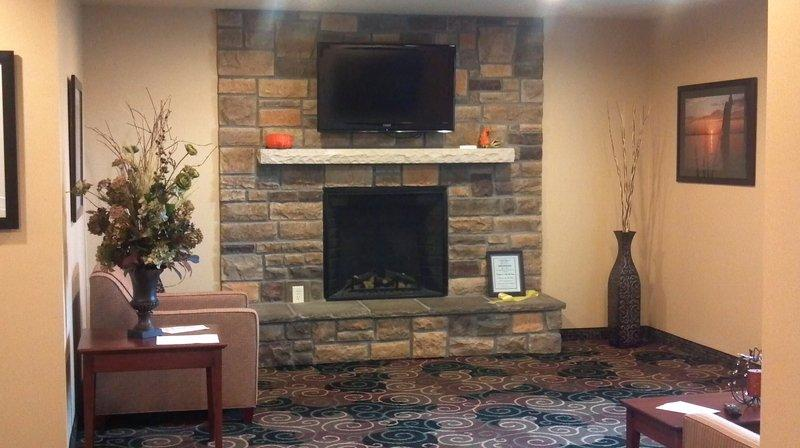 Cobblestone Hotel And Suites Knoxville Iowa