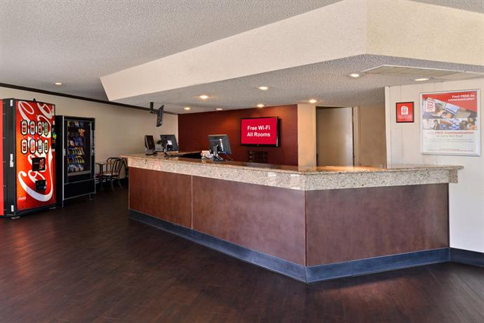 About Red Roof Inn Fresno   Yosemite Gateway