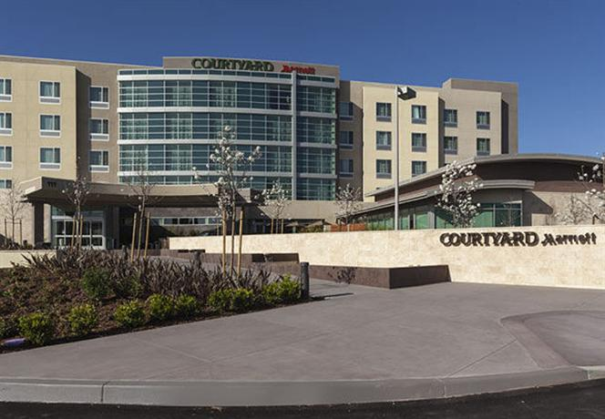 Courtyard by Marriott San Jose North Silicon Valley