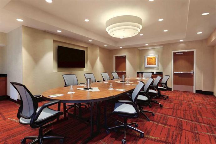 Hilton Garden Inn Falls Church Compare Deals