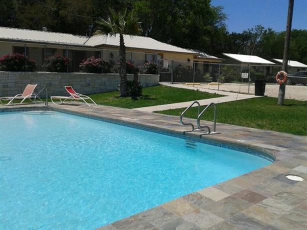 Bosque Resort Lodge