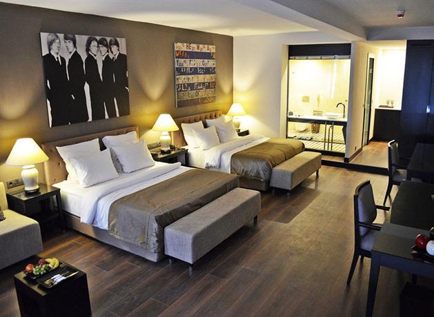 Quentin kant design hotel berlin die g nstigsten angebote for Design hotel deutschland angebote