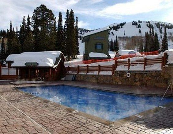 Teewinot Lodge By Grand Targhee Resort Alta Compare Deals - Grand targhee resort