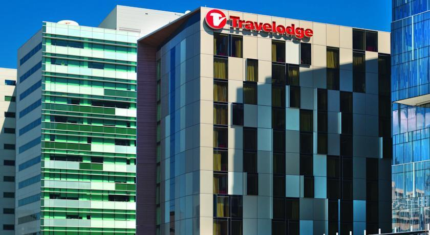 Travelodge Hotel Melbourne Docklands