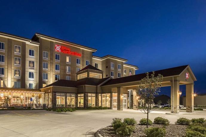 Hilton Garden Inn Bettendorf Quad Cities Compare Deals