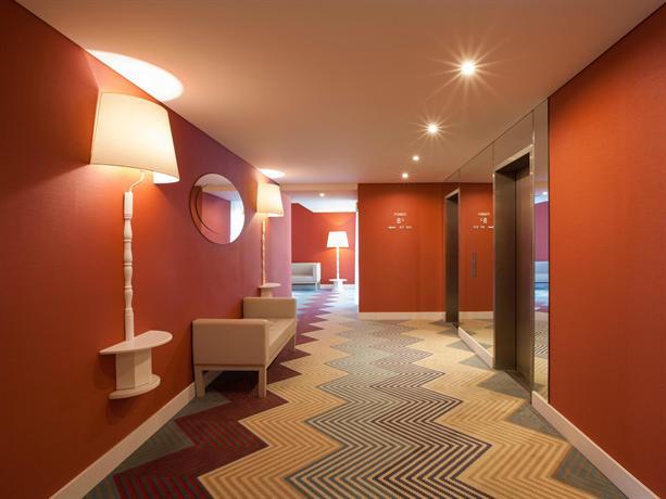 Lutecia smart design hotel lisbon compare deals for Design hotel deals