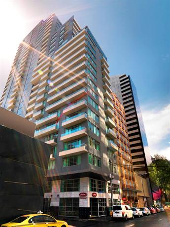 Adina apartment hotel melbourne northbank compare deals for Appart hotel melbourne