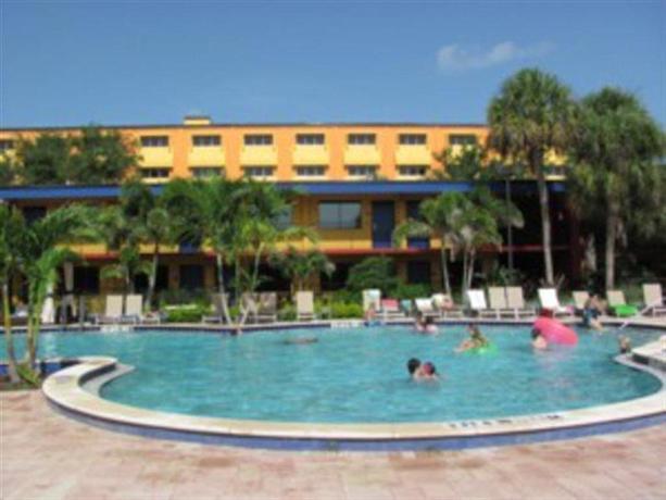 coco key hotel and water park resort orlando compare deals. Black Bedroom Furniture Sets. Home Design Ideas