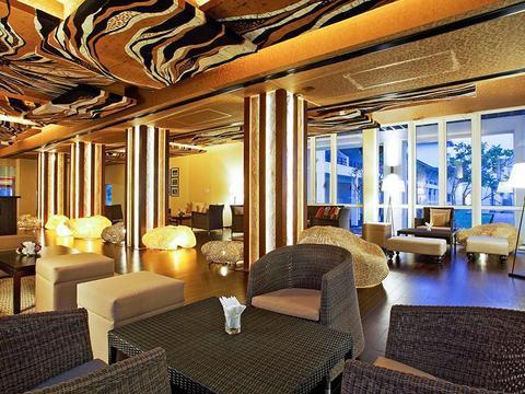Centara Ceysands Resort & Spa Sri Lanka, Bentota - Compare Deals