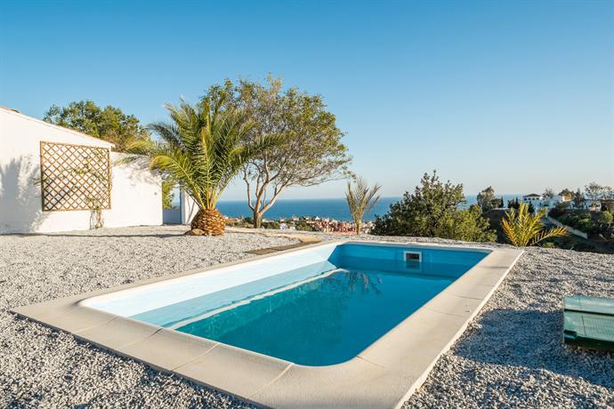 Casa andalucia piscina privada ideal para familia v lez for Hotel piscina privada