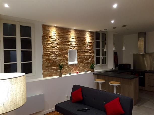 Appartement typique toulousain toulouse compare deals - Appartement a louer meuble toulouse ...