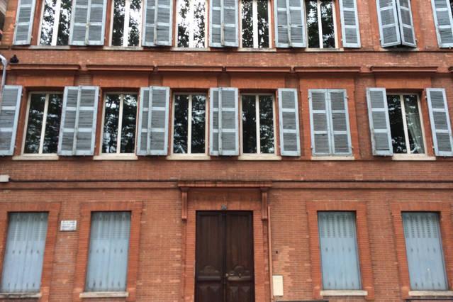 Appartement typique toulousain toulouse comparer les offres - L appartement toulousain ...