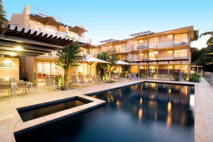 Maison Noosa - Luxury Beachfront Resort