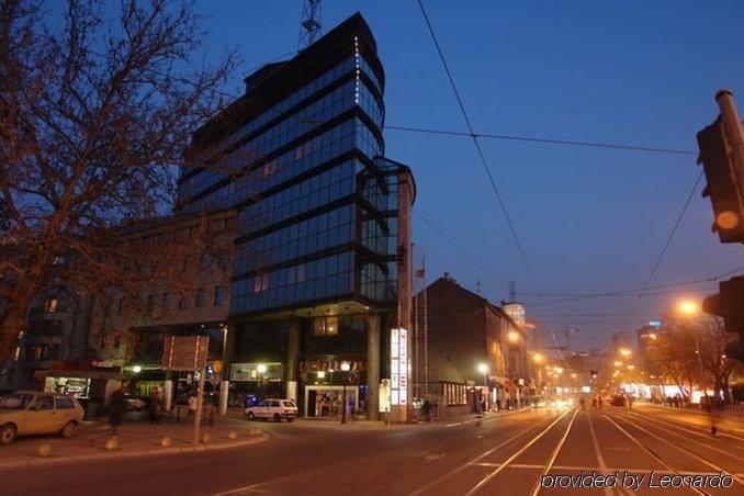 Hotel president belgrade compare deals for Design hotel belgrade