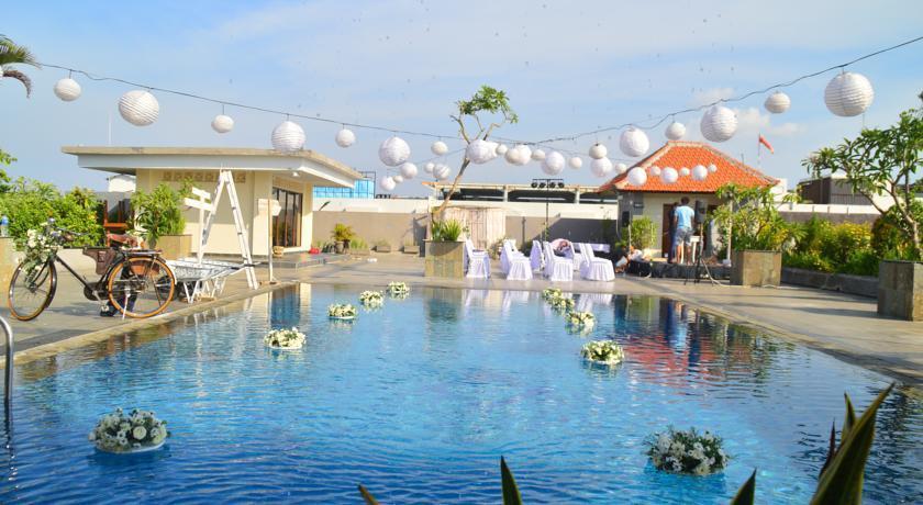 Exterior: Champlung Mas Hotel Bali, Legian