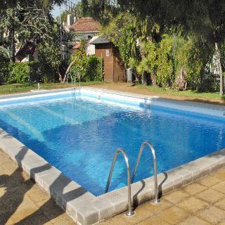 El castell hotel sant boi de llobregat compare deals - Spa sant boi ...