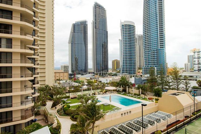 About Paradise Centre Apartments