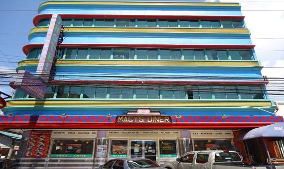 Hotel Tiffany Laoag City