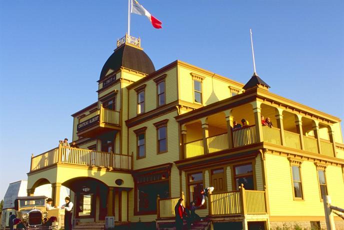Chateau Albert Hotel