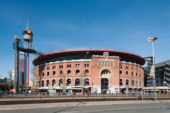 Sants studio barcelona barcellona confronta le offerte for Offerte barcellona