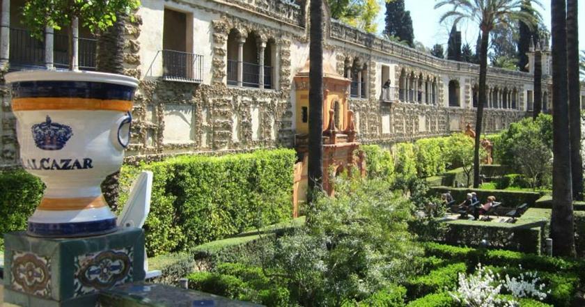 Central apartment in sevilla seville compare deals for Appart hotel seville