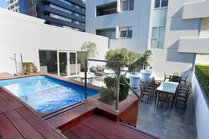 apartments hotels: