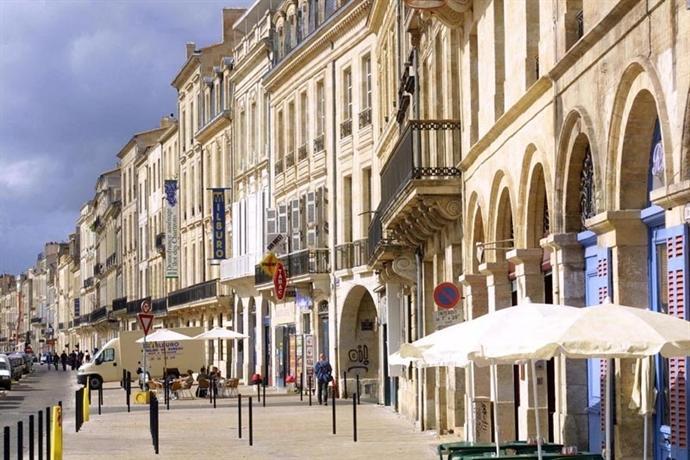 T2 dans le celebre quartier antiquaire de bordeaux for Bordeaux t2