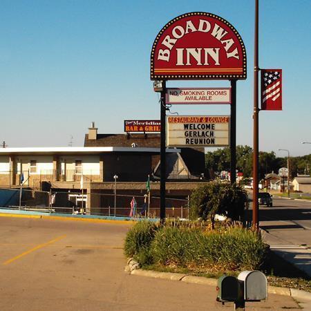 Broadway inn yankton offerte in corso for Noleggio di yankton south dakota