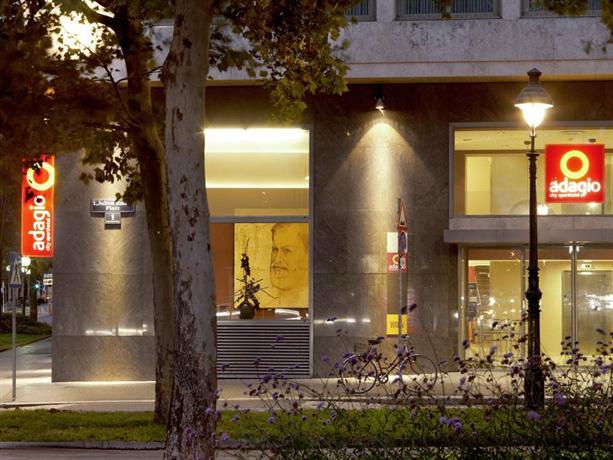Aparthotel adagio vienna city compare deals for Adagio accor