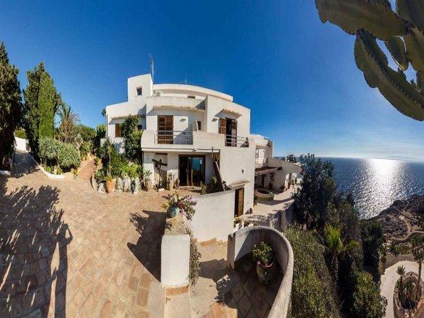 Hotel la rosa sul mare siracusa offerte in corso for Offerte hotel siracusa