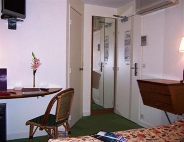 H tel jardins de paris saint germain hotels paris for Jardins hotel paris
