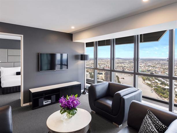 meriton suites herschel street brisbane compare deals. Black Bedroom Furniture Sets. Home Design Ideas