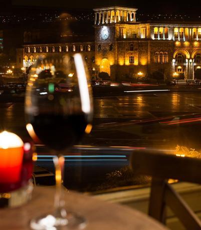 Marriott armenia hotel yerevan hotels yerevan for 14 floor hotel yerevan