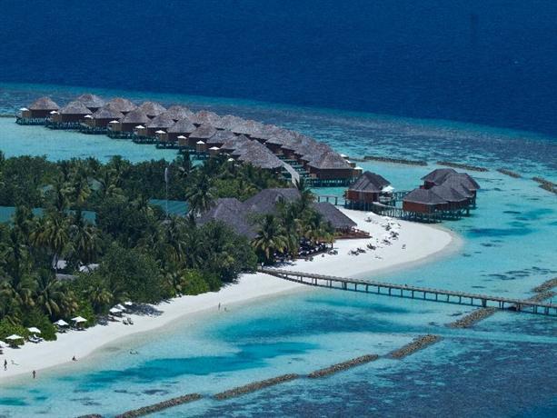 Vakarufalhi Island Resort - Compare Deals