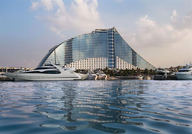 Jumeirah Beach Club Resort & Spa