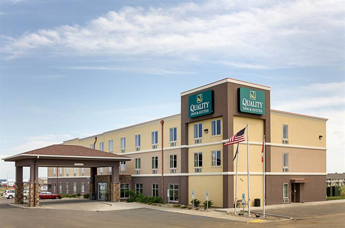 Quality Inn & Suites Minot